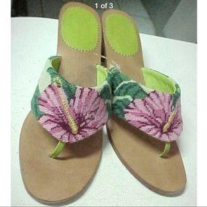 850055c75986 Shoes - Flower needlepoint crochet thong sandal white pink